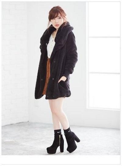 今年の20代冬のレディースファッションのチェックポイント♪. 『大人フェミニン』を意識したゆったりコーデ